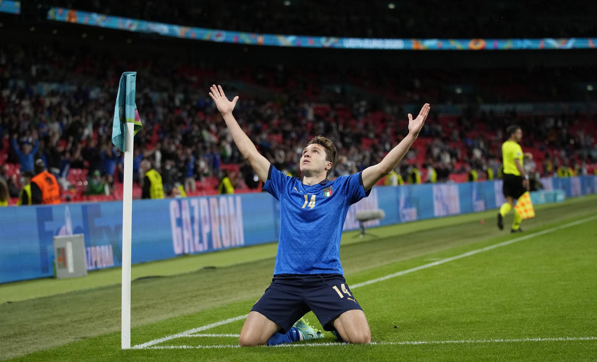 Italia-Austria 2-1 - 26-6-2021 - Chiesa celebra dopo aver segnato il gol dell'1-0