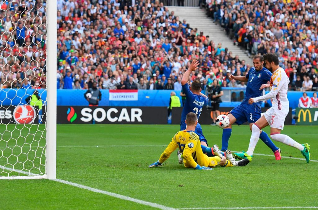 27.06.2016 Campionati Europei - Italia-Spagna 2-0 - Il gol di Chiellini